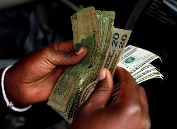 Pamoka visam pasauliui: kaip švaistūniška pinigų politika gali sunaikinti valstybės ekonomiką