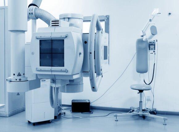 Kad būtų užfiksuotas kaulų lūžis, moteris ligoninėje apsilankė dukart: medikai sako – tai ne klaida, o realybė