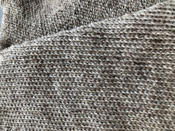 Megztinis iš durpių