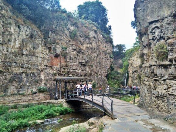 Kone populiariausioje Tbilisio vietoje jau būriuojasi turistai