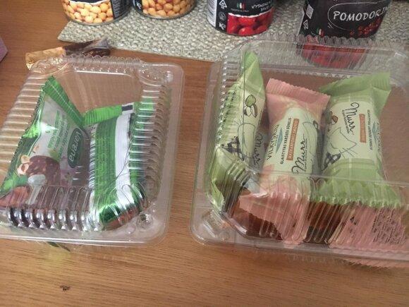 Skirtingų rūšių sūreliai pakuojami į skirtingas dėžutes