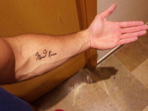 Naujoji Mindaugo Rainio tatuiruotė