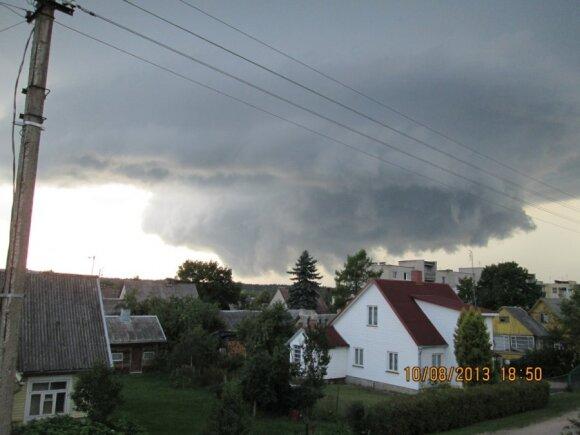 Dangus Nemenčinėje