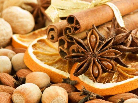 Dietologė: šventinį stalą gali papuošti ir sveikesni desertai