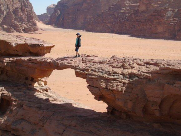 Lietuvių kelionė iš Egipto į Jordaniją: Izraelio pasienio ypatumai ir trumpa ekskursija į Marsą