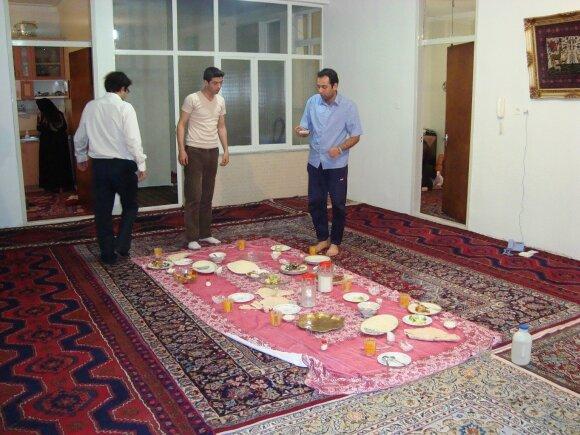 Iranietis lietuviams išklojo, ką galvoja: tiek daug kvailysčių retoje pasaulio šalyje surasi