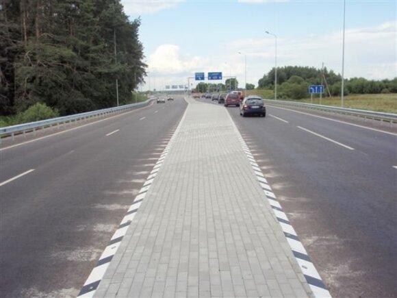 Policija pasidalijo patarimais, kaip važiuoti baisiausiu šalies keliu