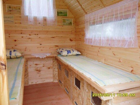 Bičių terapijos namelis