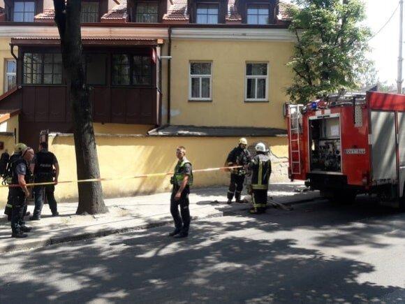 Dėl sprogimo Vilniaus senamiestyje ant kojų sukelta policija: į Sodų g. atvažiavo 5 ekipažai
