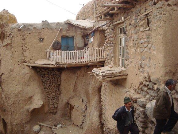 Lietuvių kelionė į Iraną: neleidžiama miegoti poromis, o viešbutyje karšta lyg dykumoje