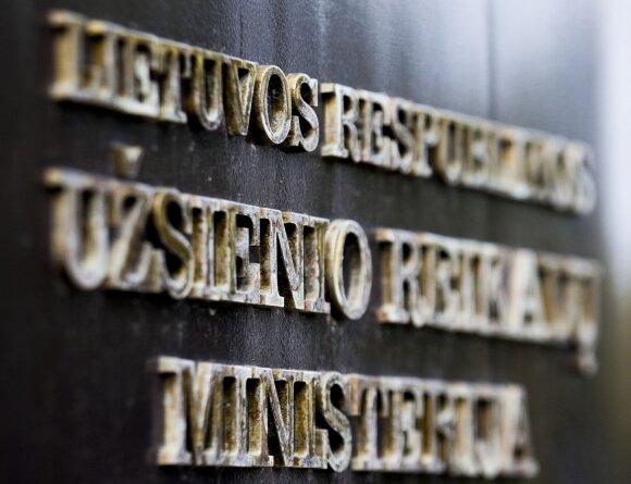 Kol Baltarusijos valstybinė įmonė čia kraunasi pinigus, lietuviški hematogenai sienos neįveikia