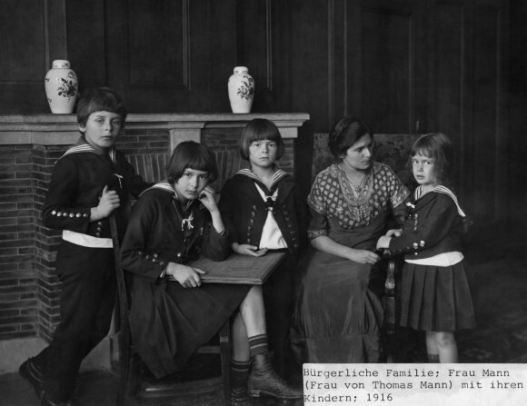T. Manno vaikai ir žmona Katia (1916)