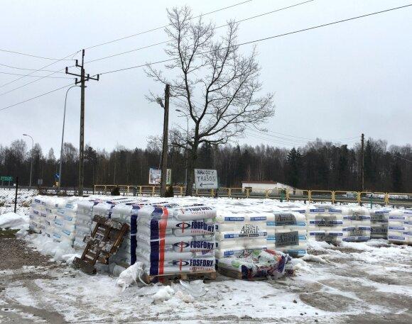 Įspėja Lenkijoje perkančius statybines medžiagas