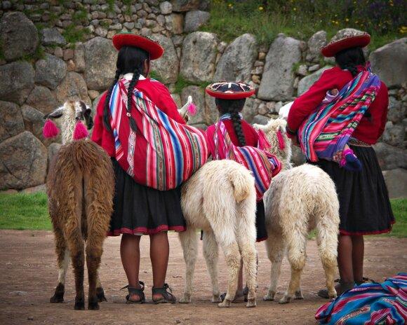 Į Peru keliavusią lietuvę sužavėjo traukiniuose budintys gydytojai ir ore kabantys viešbučiai