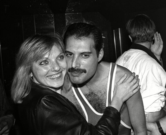 Freddie Mercury ir Mary Austin