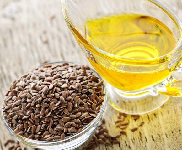 Gydytoja Dumbliauskienė: šaukštas linų sėmenų aliejaus kasdien ir padarysite sau labai daug gero