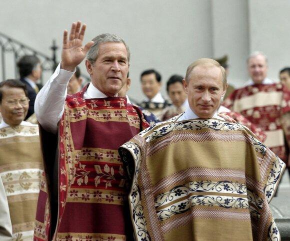 APEC 2004 m. Čilė, G. Bushas ir V. Putinas