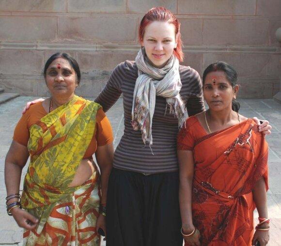 Baltoji moteris Indijoje: ar įmanoma išvengti seksualinio priekabiavimo?