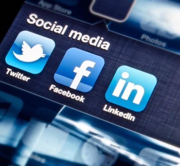 Socialiniai tinklai, Twitter, Facebook, Linkedin