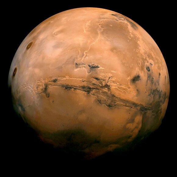 Naujas NASA tyrimas parodė, kad ankstesnės gyvybės Marse pėdsakai kai kuriose planetos vietose galėjo būti sunaikinti.