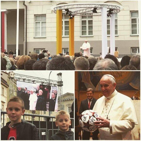 Vaida Grikšaitė ir jos šeima susitiko su popiežiumi