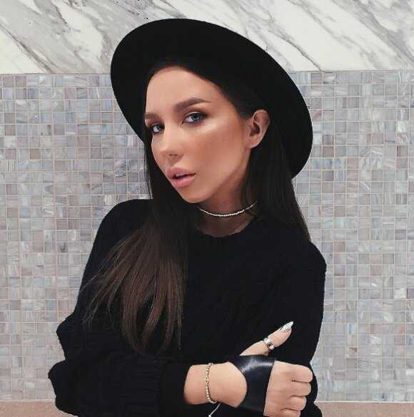 Sonya Miro