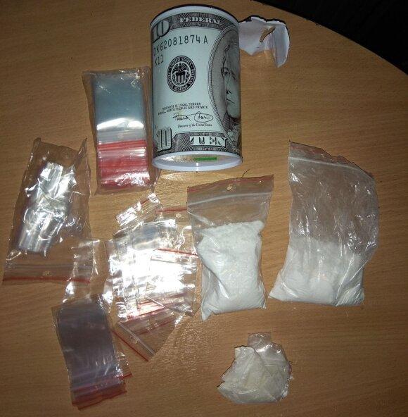 Kauno policija išaiškino galimai narkotikais prekiavusį asmenį