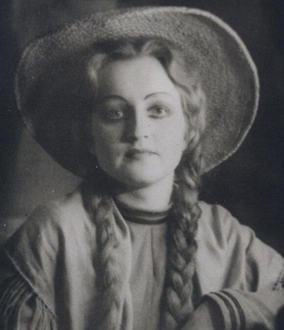 Regina Tumalevičiūtė - Mikaela