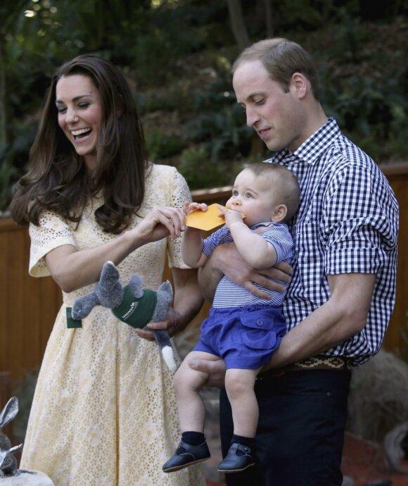 """Karališkojo kūdikio nuotykiai zoologijos sode <sup style=""""color: #ff0000;"""">FOTO</sup>"""