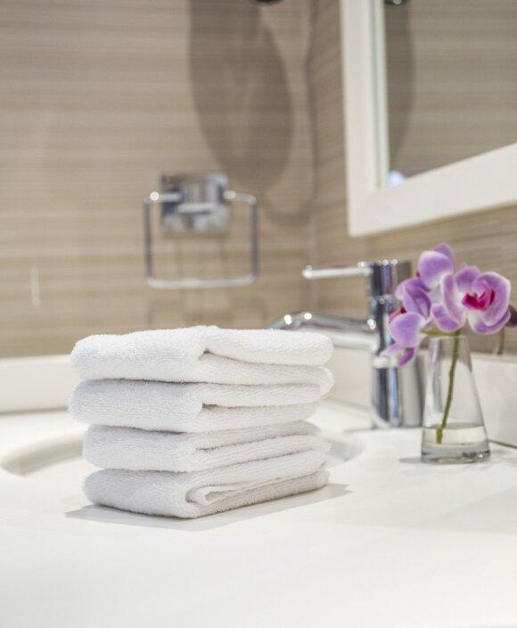 Kaip skalbti rankšluosčius, kad jie ilgiau tarnautų