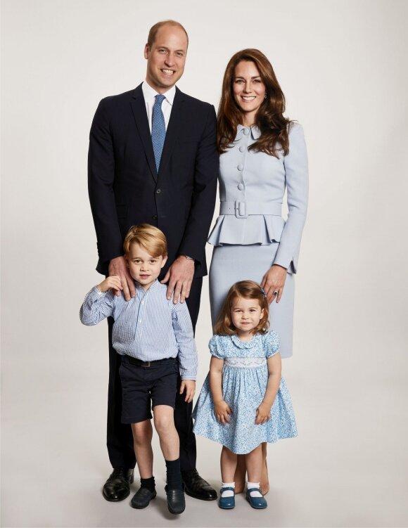 5 trūkumai, kurie bado akis naujoje karališkos šeimos nuotraukoje
