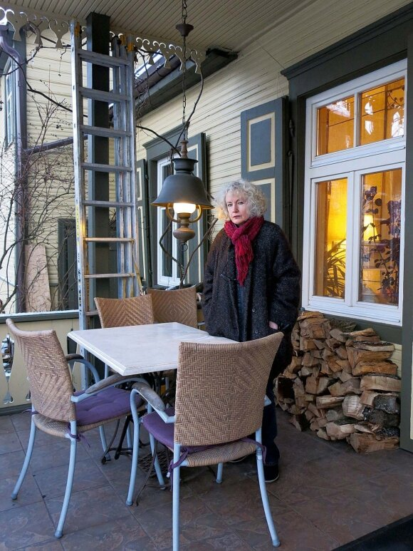 """Būsto ieškojusią menininkę užbūrė medinė veranda: """"Tarsi pas Čechovą. Noriu"""""""