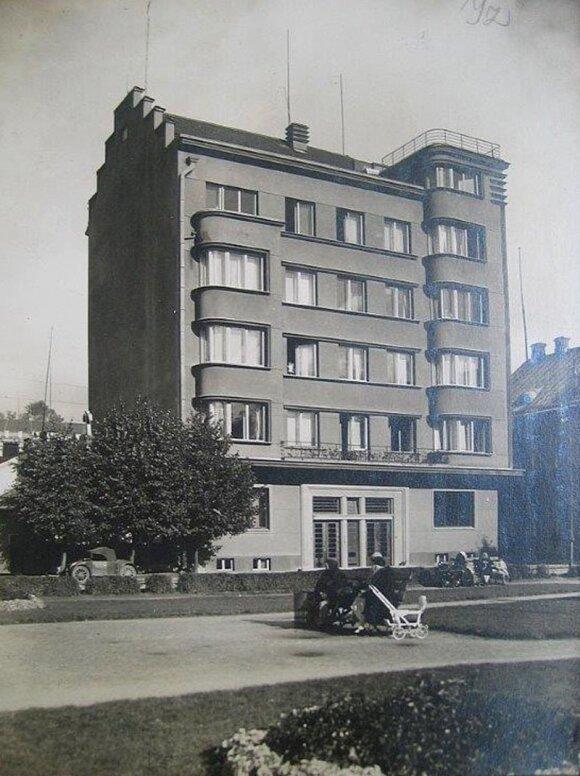KAUNE. Bankininko ir pramonininko Jono Vailokaičio namas.