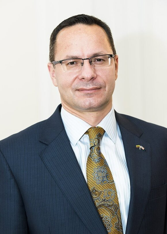 Ambassador Zygimantis Pavilionis  Photo Ludo Segers