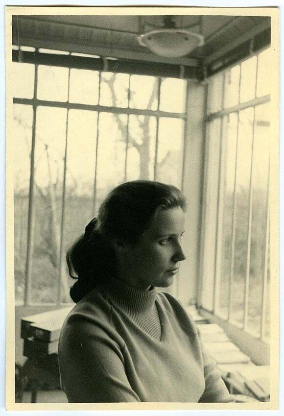 Meilė jaunutei poetei Agnieszkai Osieckai neturėjo progos išskleisti sparnų