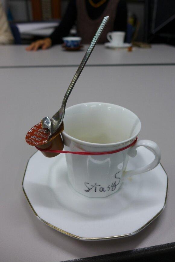 Instaliacija - improvizacija po kavos