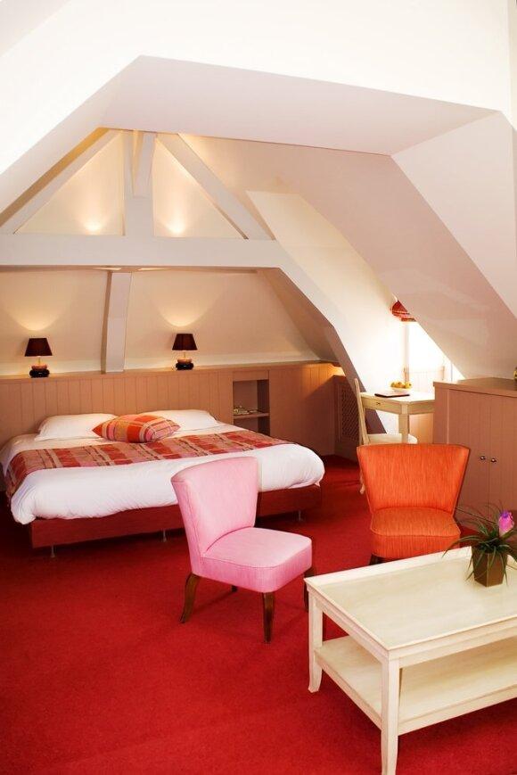 Romantiškas miegamasis palėpėje