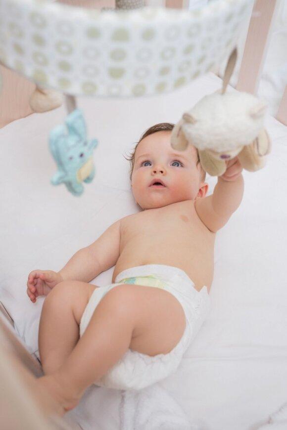 Vaiko raida nuo gimimo iki metų