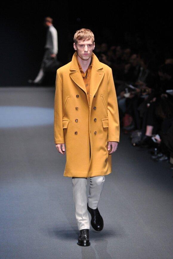 """Milano vyriškų drabužių kolekcijose dominavo """"Gucci"""" vyras"""