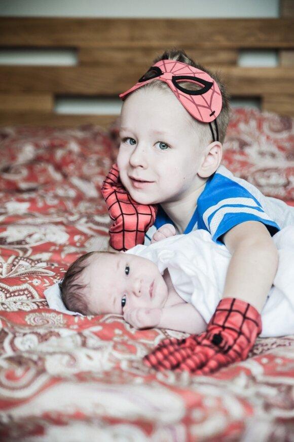 Dviejų sūnų mama Gintarė kuria tai, kas vaikų miegelį daro saldesnį
