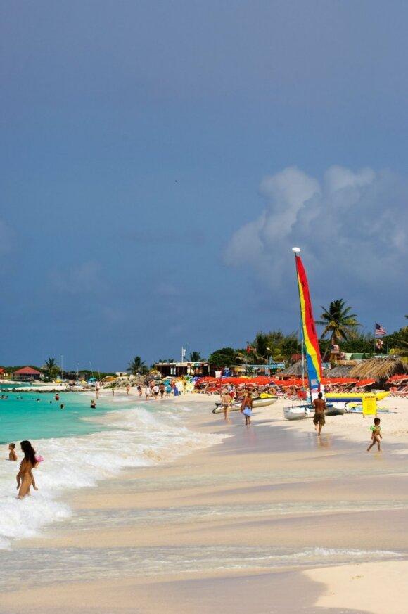 8 geriausi nudistų paplūdimiai, kuriuose neteks nuobodžiauti