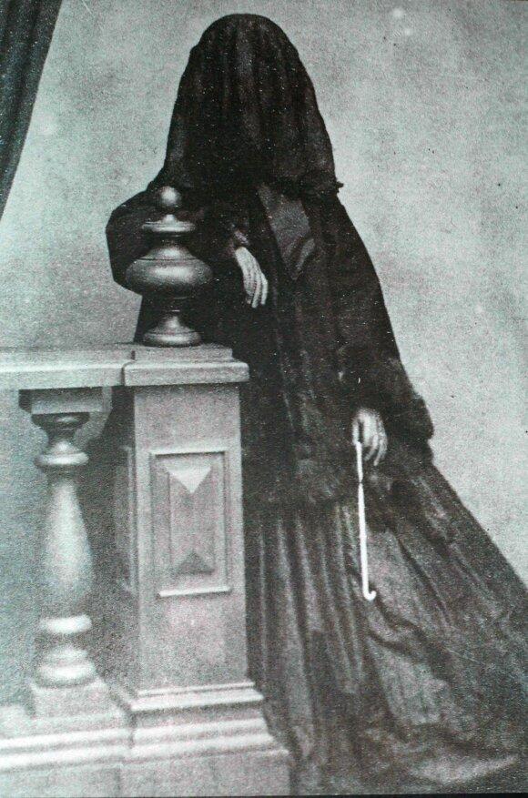 Kraupios mirties ir gedulo tradicijos, kurių vertė laikytis karalienė Viktorija