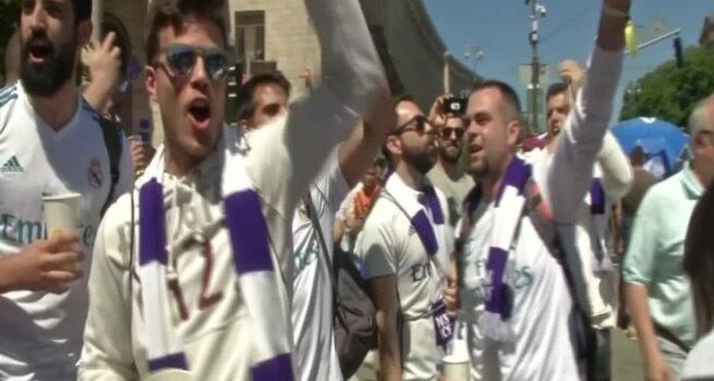 """Tūkstančiai """"Real"""" ir """"Liverpool"""" sirgalių Kijeve laukia Čempionų lygos finalo"""