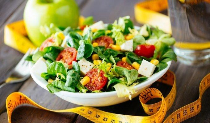 PAVYDAS: kodėl skaičiuojame vieni kitų kalorijas?
