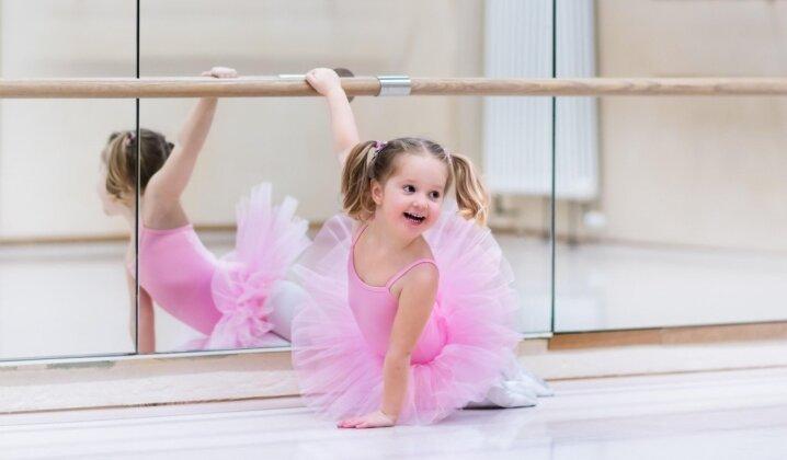 Ir naudinga, ir smagu: baleto pamokos vaikams