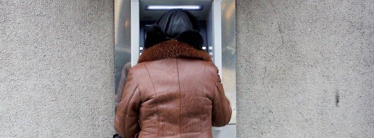 Kodėl kai kuriuose bankomatuose negaunate penkių eurų kupiūros
