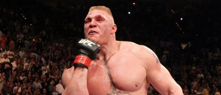 Į UFC ringą sugrįžęs amerikiečių liūtas atvelėjo šonus priešininkui