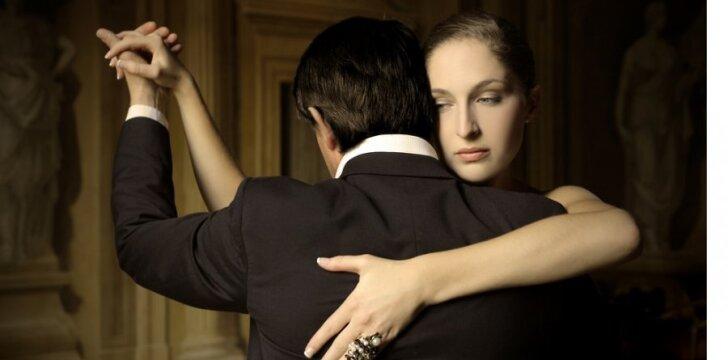 Tango šokamas dviese...