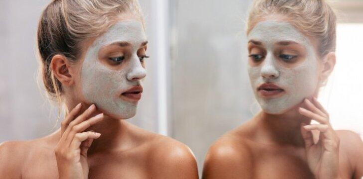 Odos priežiūra šaltuoju metų laiku: pataria profesionali kosmetologė