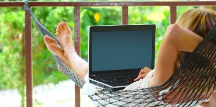 """Internetinės pažintys: nuobodūs vyrai ir <span style=""""color: #c00000;"""">nepadorūs</span> pasiūlymai"""